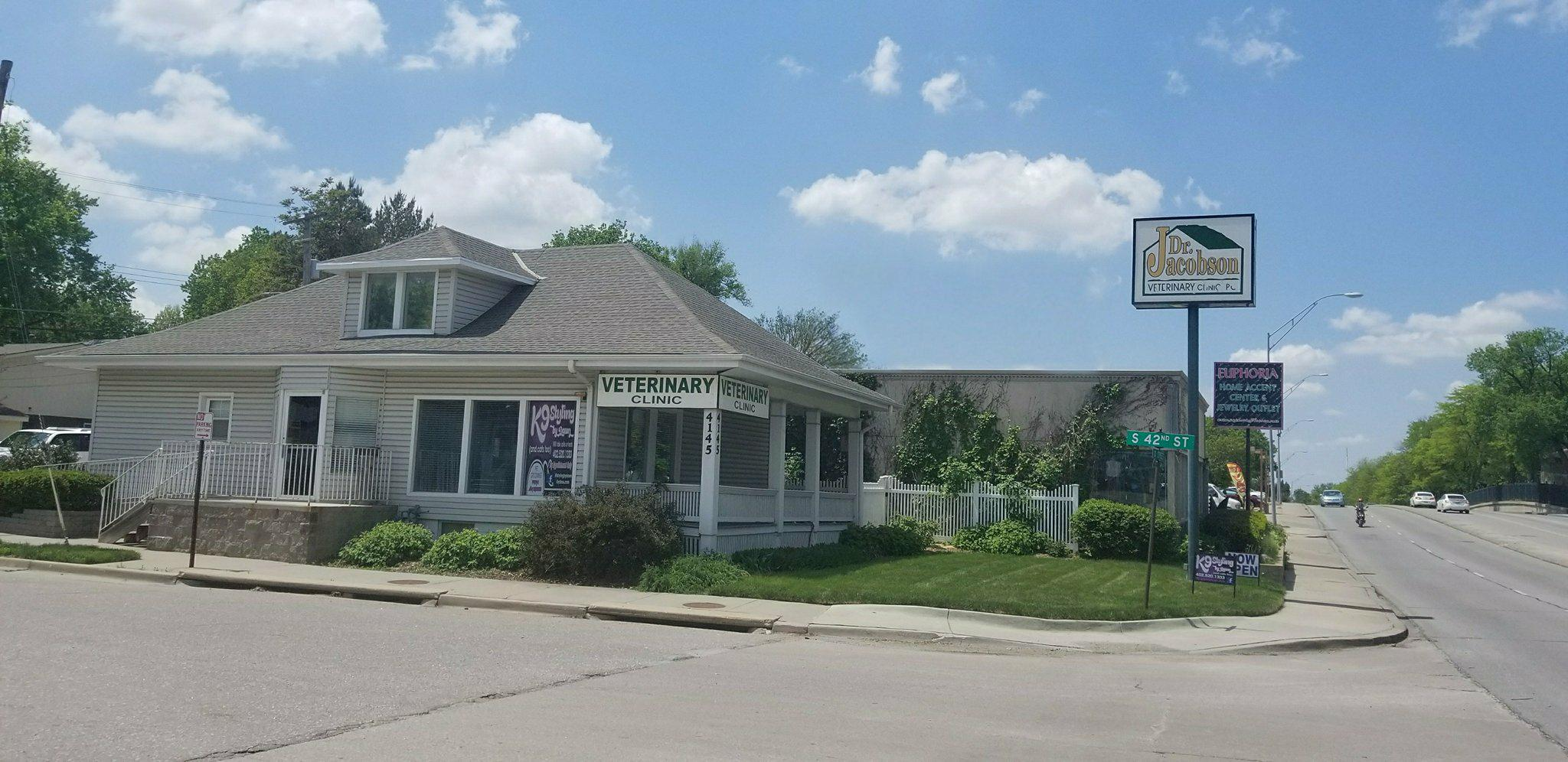Jacobson Veterinary Clinic - Our Clinic